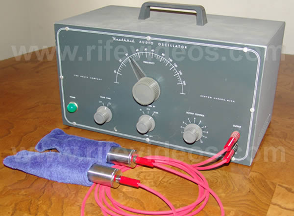 Heathkit with hand cylinders